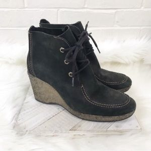 {Timberland} Leather Wedge Heel Booties
